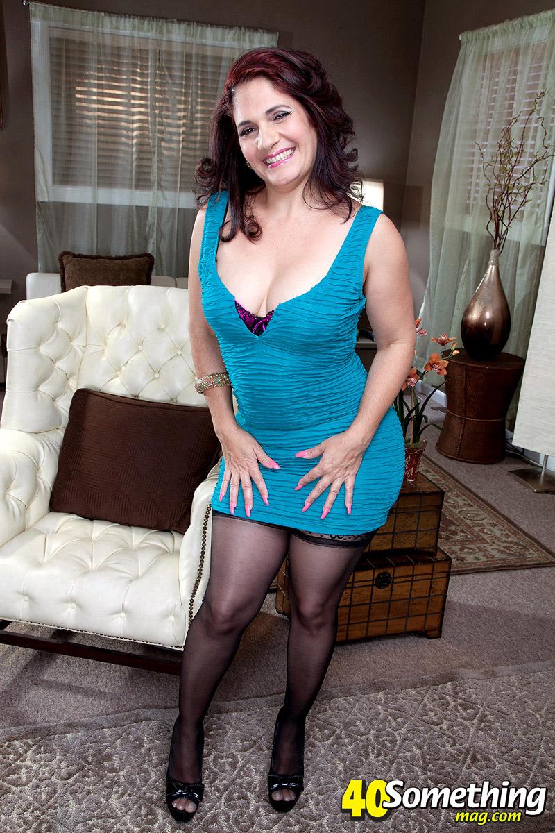 latina stripper milf takes on big cock