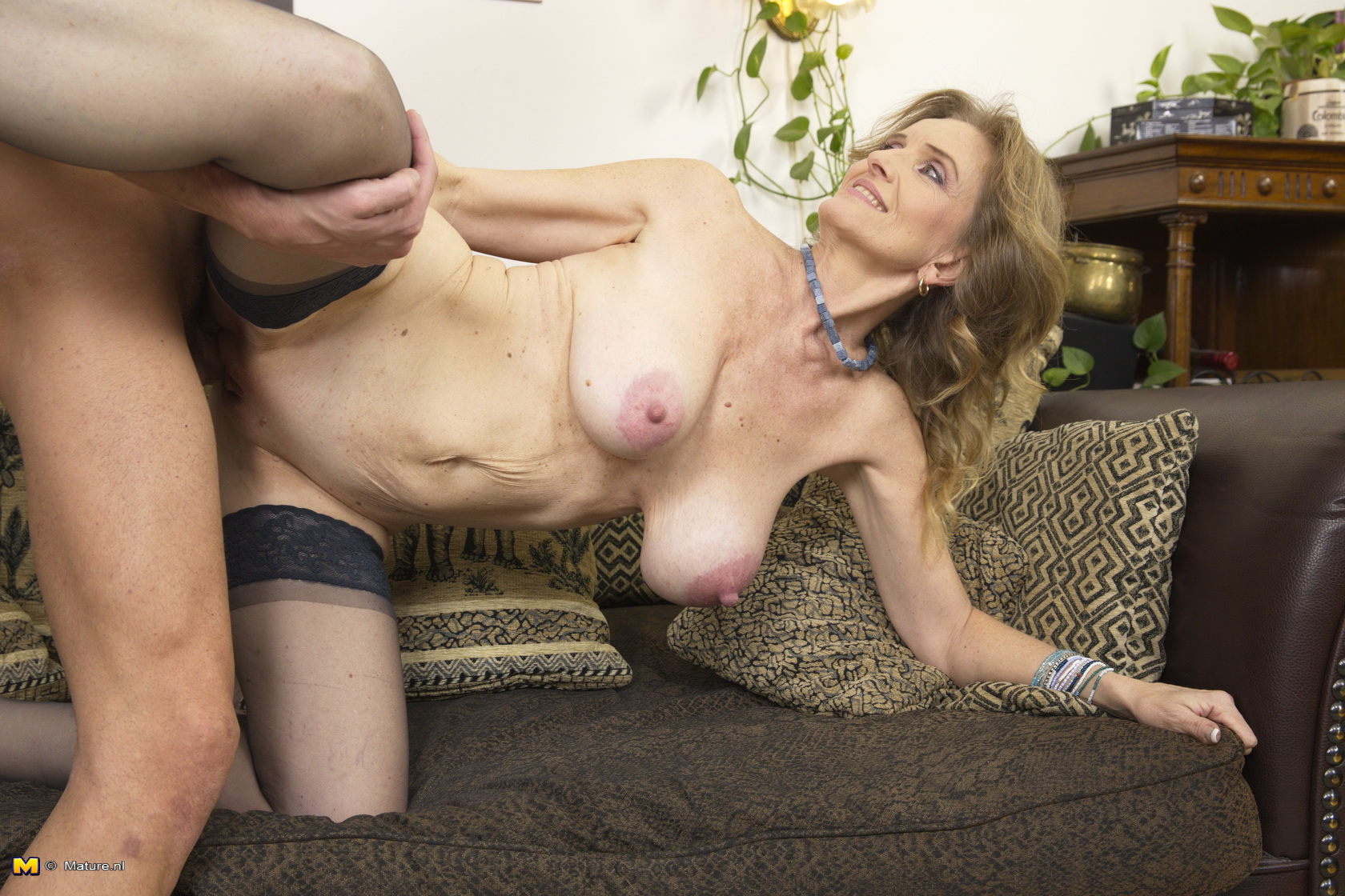 sexy-hard-core-mature-woman