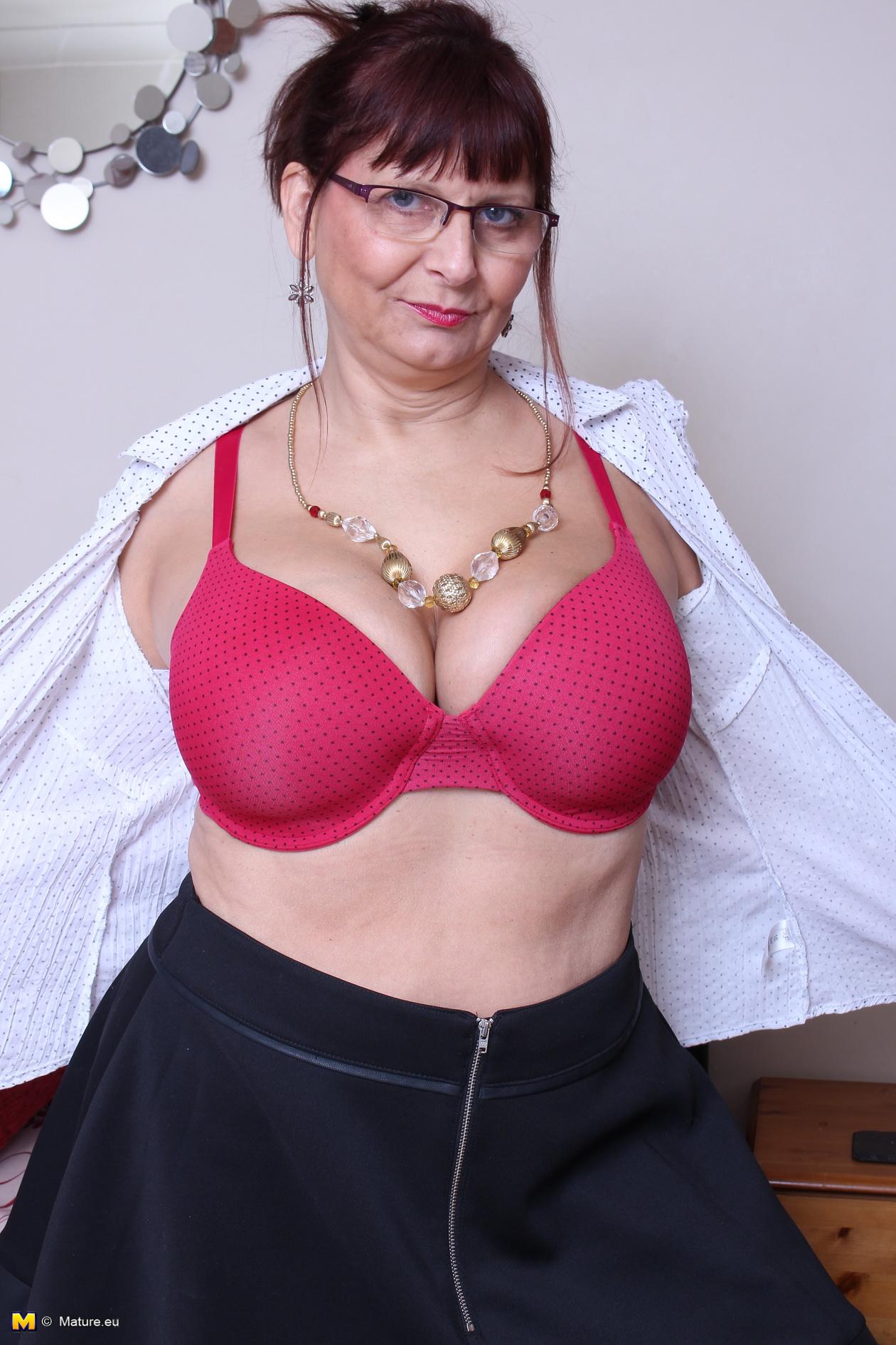Tight sexy boobs