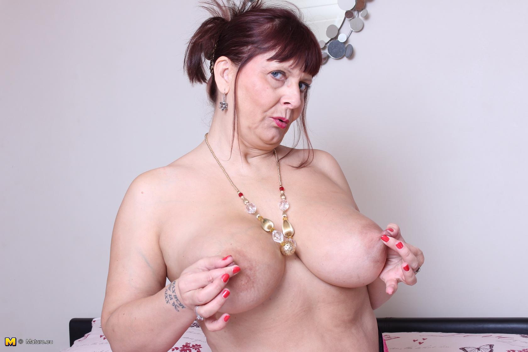 mature-english-slut-videos-pregnant-tattoos-naked