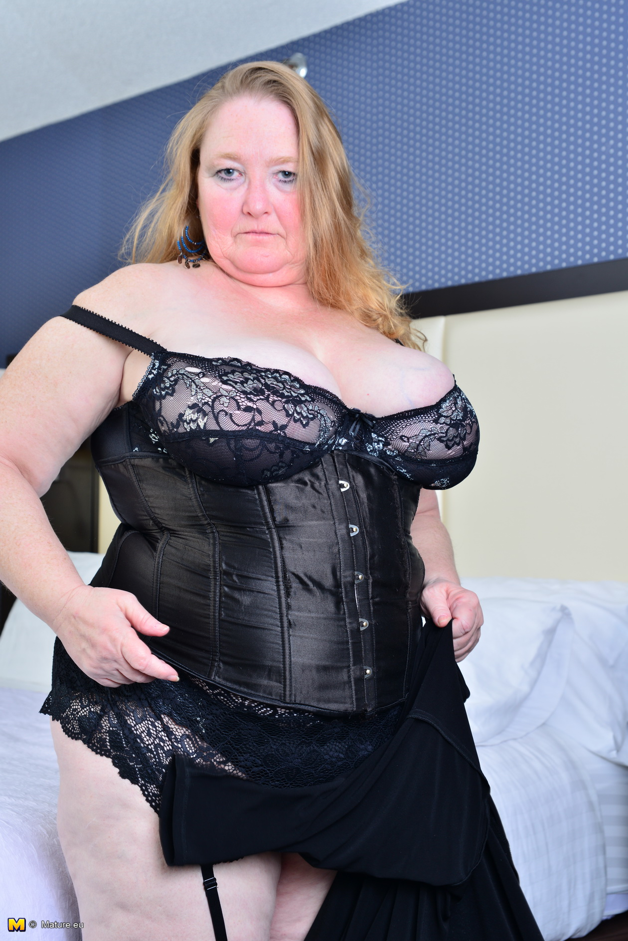 Bbw busty granny in stockings anal fuck