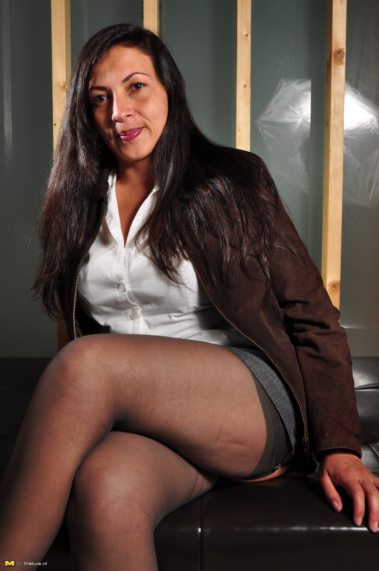Mature latina pantyhose