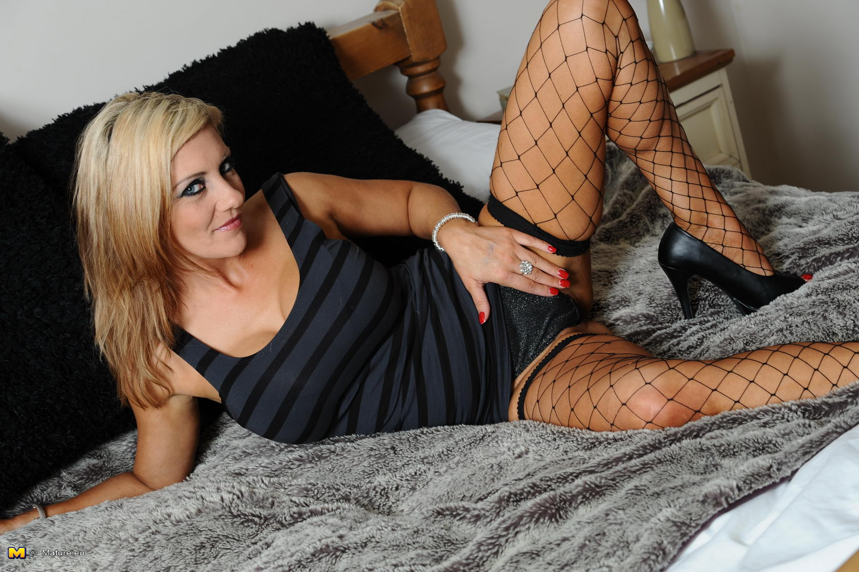 Fishnet stocking milf