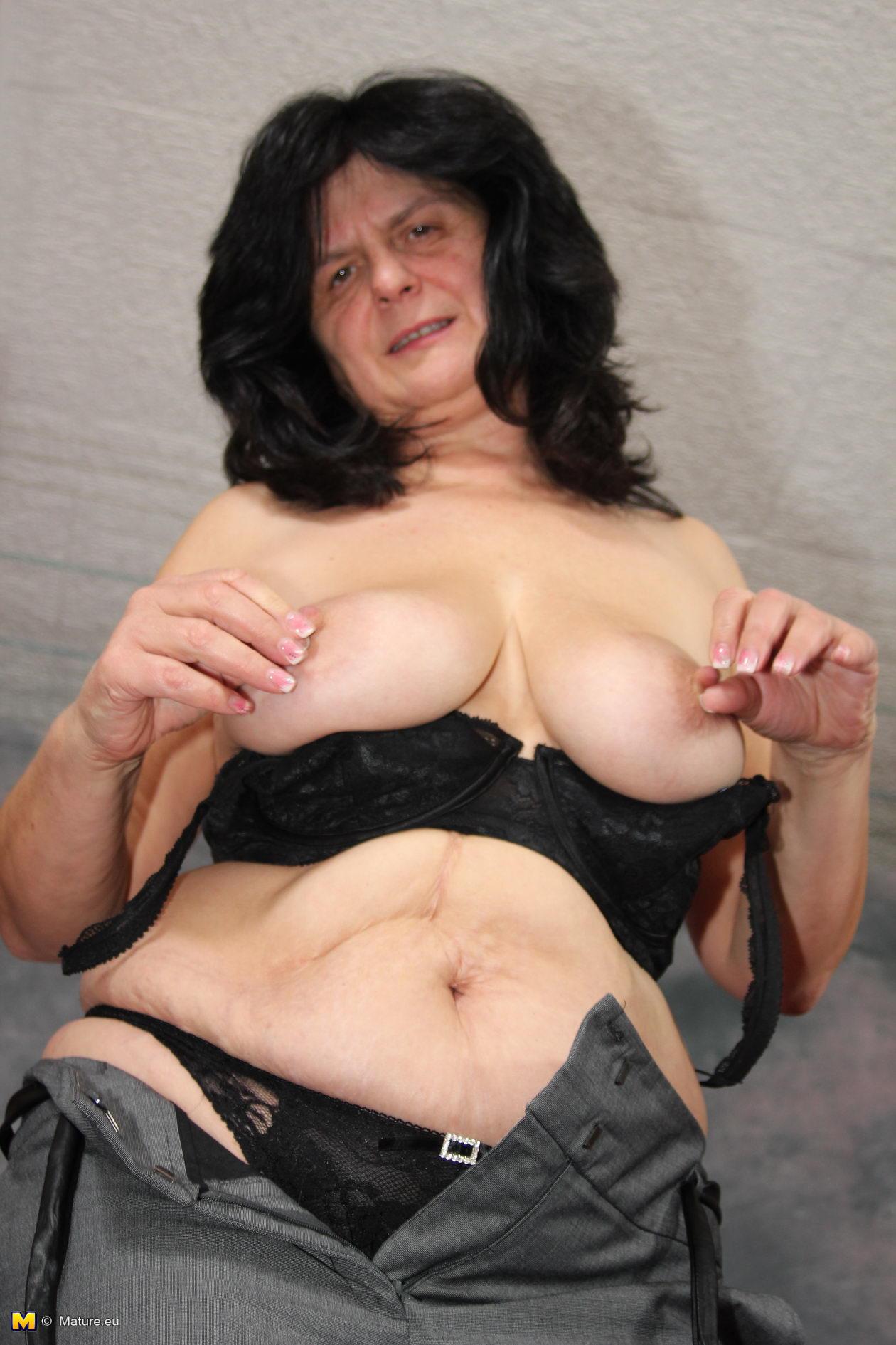 horny mature slut playing