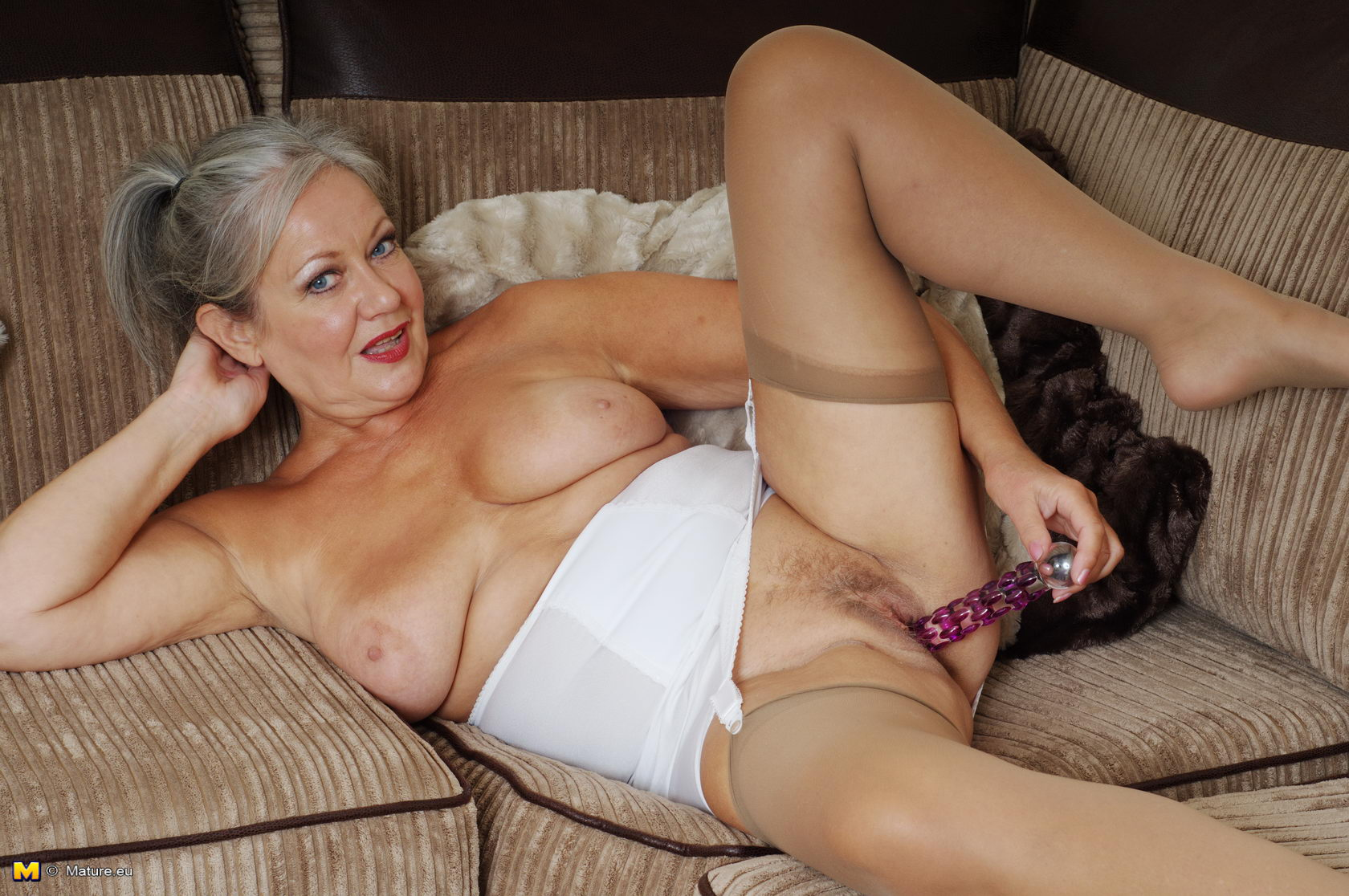 Nude tits mom big tits and law
