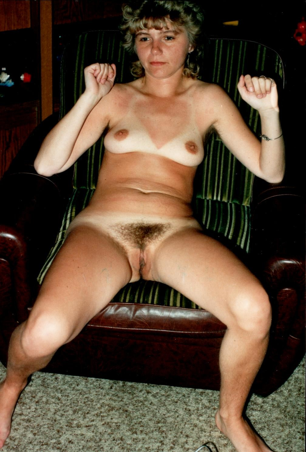 Otngagged housewife shaved babe